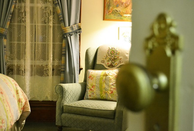 The Willow Room - Cottage chic bed spread and a great reading nook.