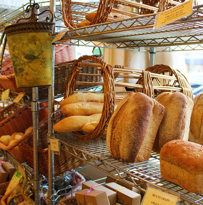 Choose from a wide assortment of delicious breads, baguettes, buns and baked goods!