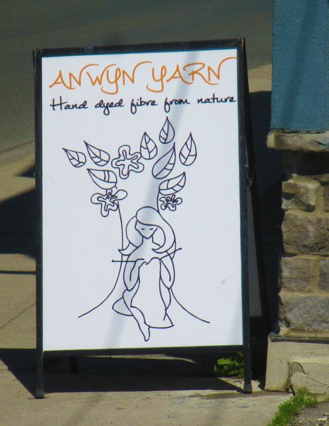 The welcoming sign outside of Anwyn Studio/
