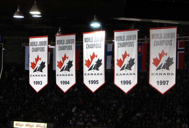 See if players from the Canadian side have what it takes to add another World Junior Championship to the rafters later this month. (photo by Dave O/Flickr)