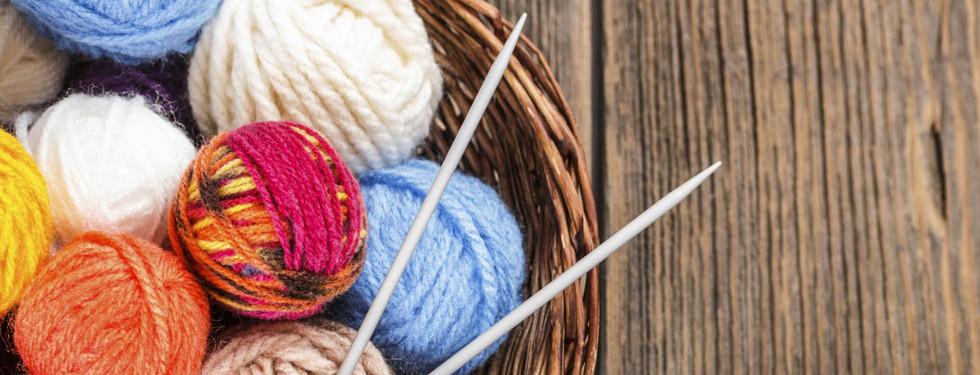 01_knitting