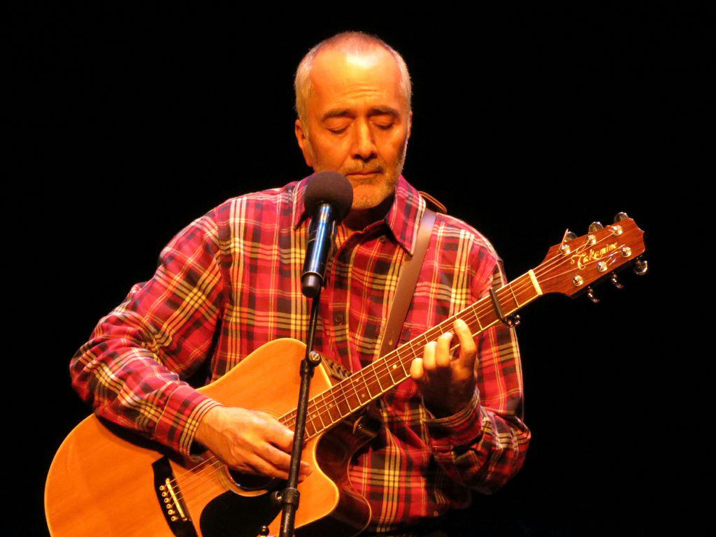 Raffi performs at The Grand Theatre